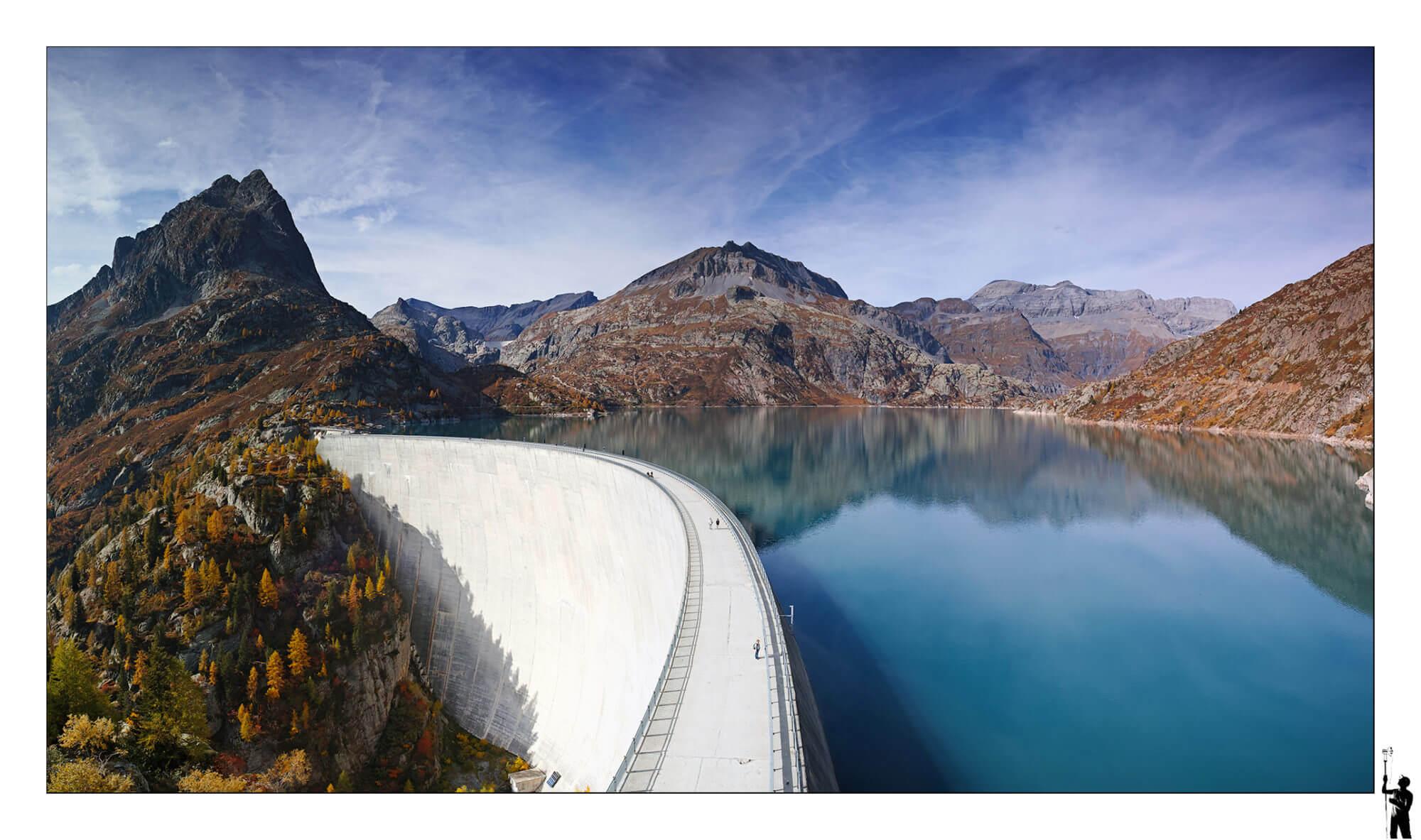 Le barrage d'Emosson en automne