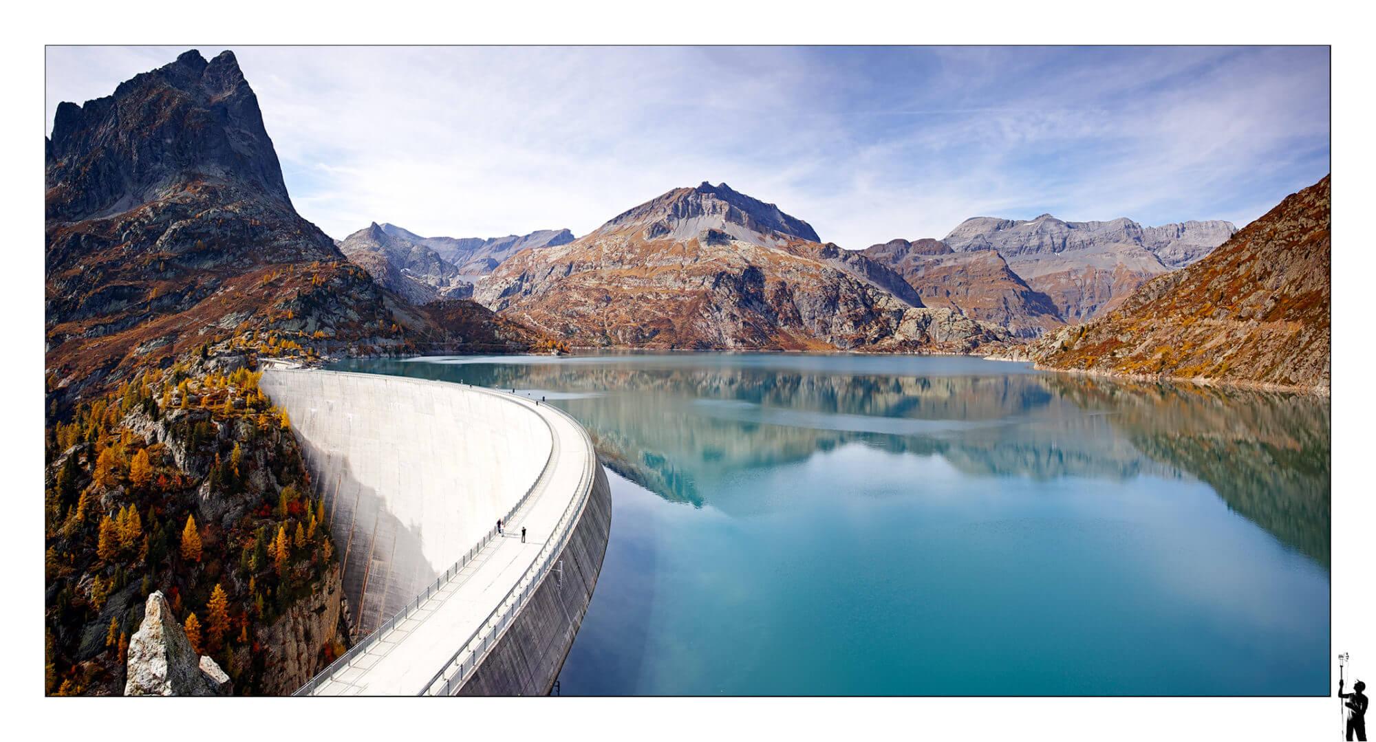 Deuxième image du célèbre barrage d'Emosson prise un peu plus haut