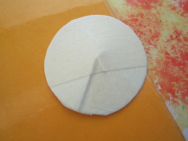 Ma petite pastille de carton que j'ai mis sur la lentille et collé avec du sctoch